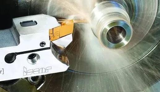 金屬切削刀具的現狀和發展(zhan)淺析